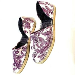 MUK LUKS 10 Purple White Paisley Espadrille Flats